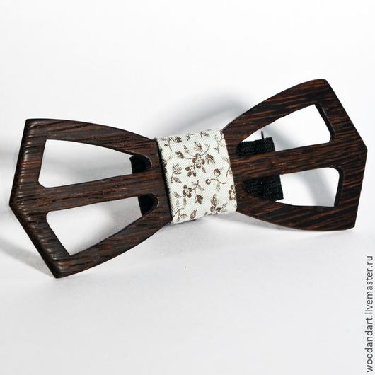 Галстуки, бабочки ручной работы. Ярмарка Мастеров - ручная работа. Купить Деревянная галстук- бабочка. Handmade. Голубой, цветочный, деревянный
