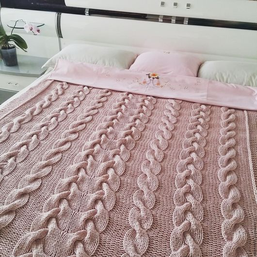 Текстиль, ковры ручной работы. Ярмарка Мастеров - ручная работа. Купить Вязаный плед Shabby Chic. Handmade. Бледно-розовый