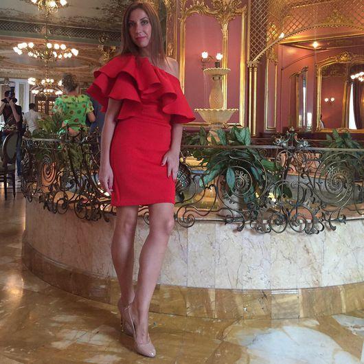 Платья ручной работы. Ярмарка Мастеров - ручная работа. Купить Платье с воланом на рукаве. Handmade. Красное платье, нарядное платье
