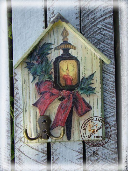 """Прихожая ручной работы. Ярмарка Мастеров - ручная работа. Купить Ключница """"Новогодний фонарик"""". Handmade. Ключница, Ключница декупаж, ключи"""