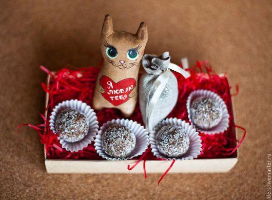 """Персональные подарки ручной работы. Ярмарка Мастеров - ручная работа. Купить Подарочная """"С любовью!"""". Handmade. Подарок, подарок мужчине"""