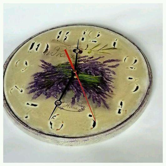 """Часы для дома ручной работы. Ярмарка Мастеров - ручная работа. Купить Часы настенные """"Лаванда""""(30см) с дощечкой. Handmade. Фиолетовый, кракелюр"""