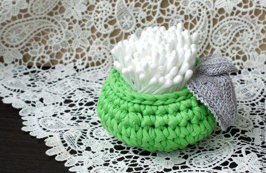 Мини-интерьерная корзинка `Зеленое яблоко` для хранения мелочей: ватных палочек, карандашей и пр. Ручная работа. Мелочи в подарок от Елены