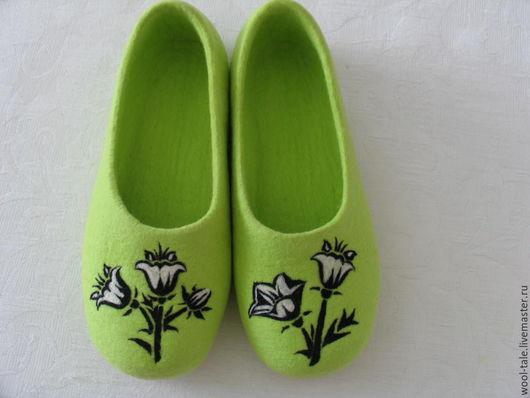 Обувь ручной работы. Ярмарка Мастеров - ручная работа. Купить Валяные тапочки. Handmade. Салатовый, тапочки из войлока