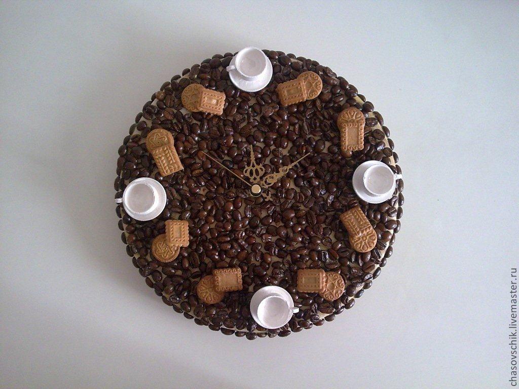 Поделки из кофейных зёрен часы 43