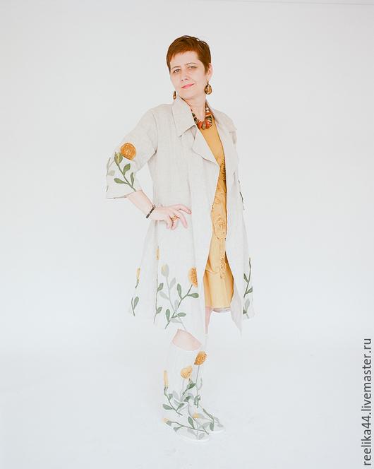 Верхняя одежда ручной работы. Ярмарка Мастеров - ручная работа. Купить Бохо-плащ из льна. Handmade. Белый, цветы из ткани