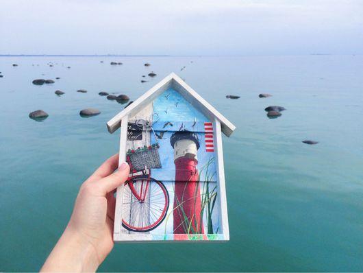 """Прихожая ручной работы. Ярмарка Мастеров - ручная работа. Купить Ключница """"Домик у маяка"""". Handmade. Маяк, серебряный, пляж, велосипед"""