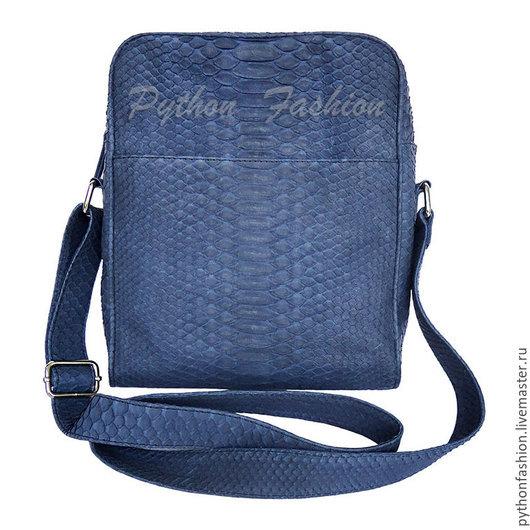 Мужская сумка из кожи питона. Удобная мужская сумка из питона на молнии. Стильная мужская сумка на ремешке через плечо. Сумка мужская из питона на весну Мужская сумка для документов. Сумка через плечо