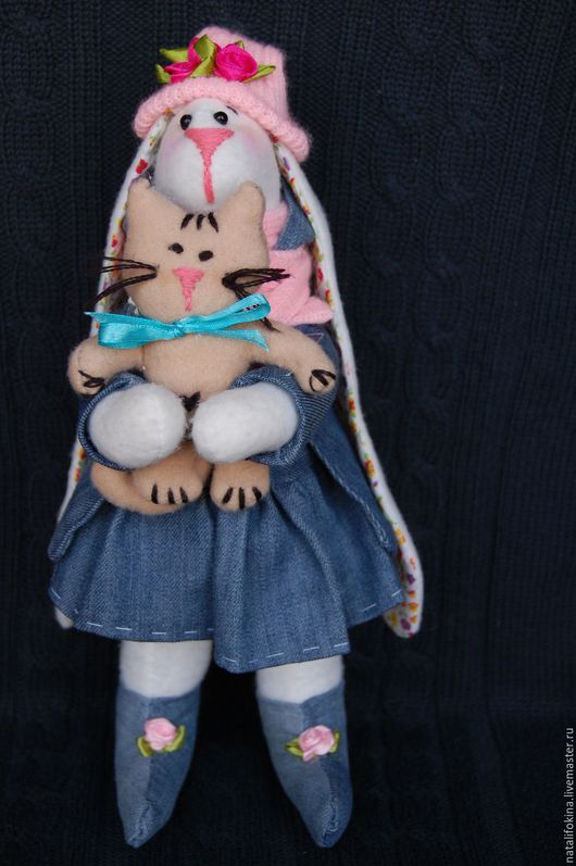 Куклы Тильды ручной работы. Ярмарка Мастеров - ручная работа. Купить Зайка тильда Рози с котенком. Handmade. Белый