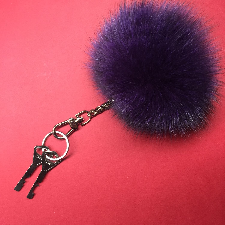 Меховой брелок на сумку или ключи