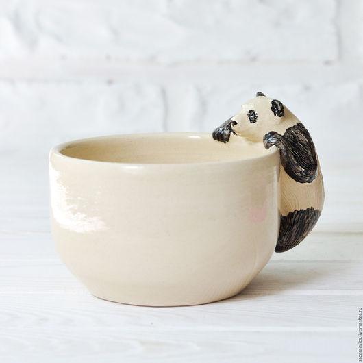 """Кружки и чашки ручной работы. Ярмарка Мастеров - ручная работа. Купить Кружка """"Панда"""" (белая). Handmade. Бежевый, посуда с пандой"""