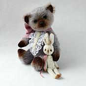 Куклы и игрушки ручной работы. Ярмарка Мастеров - ручная работа Мишка Тедди Саймон с Зайкой. Handmade.