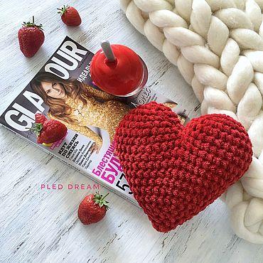 Сердце из плюшевой пряжи, вязаное сердечко, красное сердце