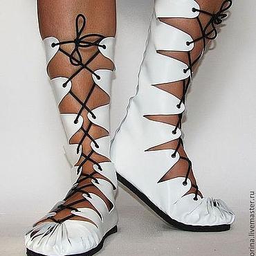 Обувь ручной работы. Ярмарка Мастеров - ручная работа Высокие мокасины из натуральной белой кожи. Handmade.