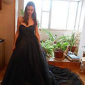 Свадебный салон ручной работы. Ярмарка Мастеров - ручная работа Розкошное платье со шлейфом. Handmade.