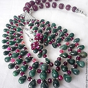 Украшения handmade. Livemaster - original item 3нити NECKLACE EARRINGS - GREEN SAPPHIRES - brealey, RUBIES.. Handmade.