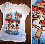 """Одежда ручной работы. Ярмарка Мастеров - ручная работа Футболка """"Новогодние олени"""" с ручной росписью. Handmade."""