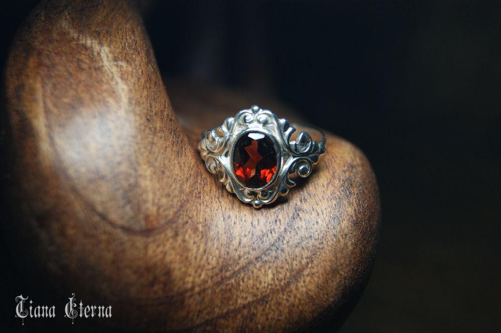 """Кольца ручной работы. Ярмарка Мастеров - ручная работа. Купить Кольцо """"Барокко"""" с гранатом. Handmade. Выпускной, кольцо с камнем"""