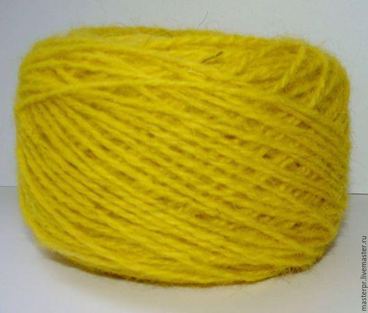 Пряжа «Руно yellow»  ручного крашения. Толщина пряжи -  180метров\100грамм  Цвет : желтый  Вес мотка : 120 – 220грамм . Цена : 440рублей \100грамм
