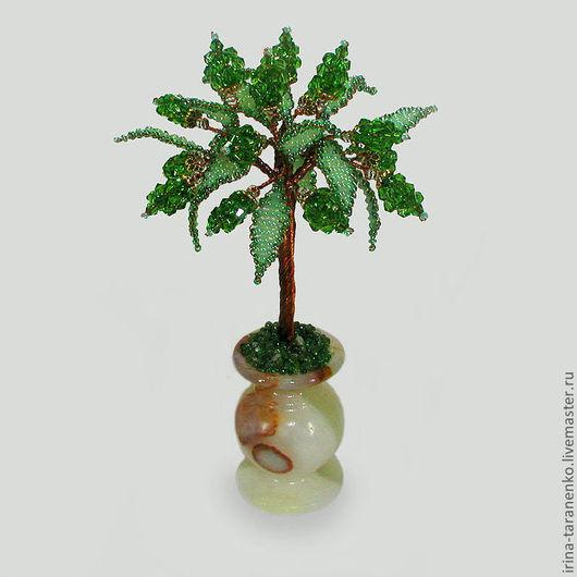 Дерево счастья из хризолита в вазочке из оникса