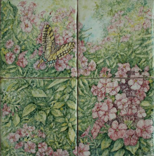 Бабочка на флоксах