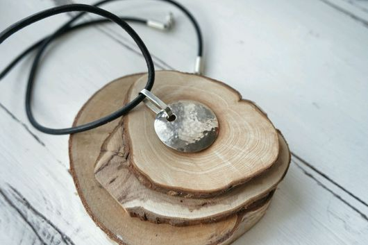Кулоны, подвески ручной работы. Ярмарка Мастеров - ручная работа. Купить Кулон из серебра: Мятый круг. Handmade. Кулон, мятый