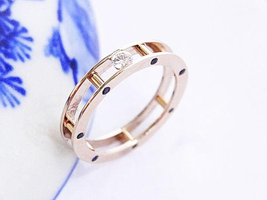 Кольца ручной работы. Ярмарка Мастеров - ручная работа. Купить Золотое кольцо с бриллиантом и сапфирами. Handmade. Красивое кольцо, Бриллиант