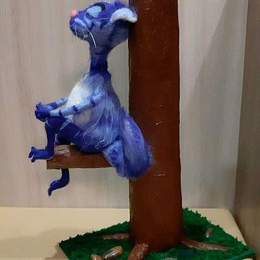 Куклы и игрушки ручной работы. Ярмарка Мастеров - ручная работа Игрушка из шерсти, Кошечка на дереве. Handmade.