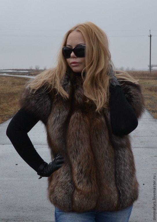 Vest with sleeves from fur of the black Fox (Color Black Gold), Vests, Omsk,  Фото №1