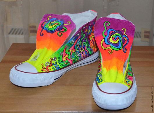 """Обувь ручной работы. Ярмарка Мастеров - ручная работа. Купить Кеды """"Странный сон"""" роспись по ткани. Handmade. Разноцветный"""