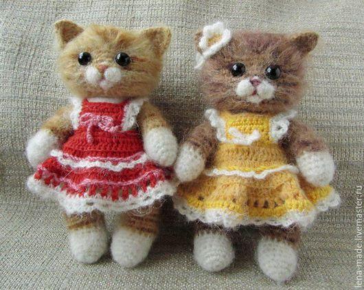 Игрушки животные, ручной работы. Ярмарка Мастеров - ручная работа. Купить Игрушка кошечка в платье. Вязаная игрушка котенок.  Подарок девочке.. Handmade.