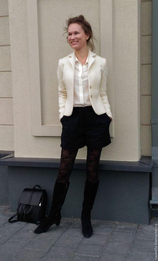 """Пиджаки, жакеты ручной работы. Ярмарка Мастеров - ручная работа. Купить Пиджак """"Beatrice"""", шерсть. Handmade. Белый, шорты женские"""