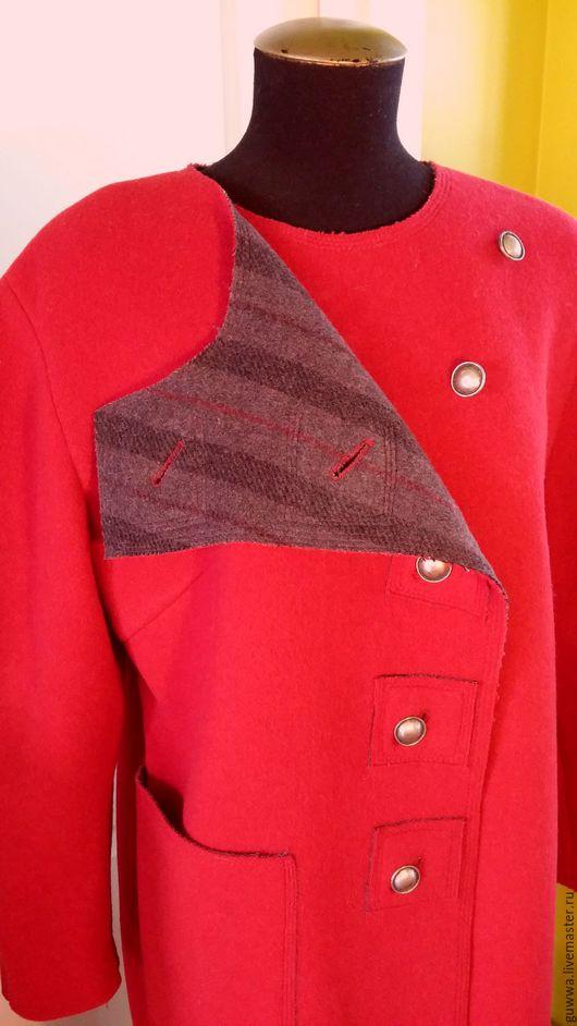 """Верхняя одежда ручной работы. Ярмарка Мастеров - ручная работа. Купить Пальто """"Косуха"""". Handmade. Ярко-красный, авторская работа"""