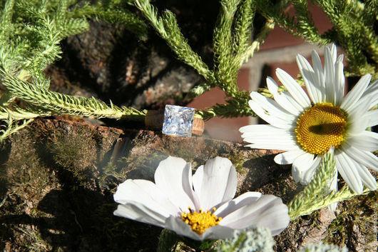 Кольца ручной работы. Ярмарка Мастеров - ручная работа. Купить дуб+крупный фианит. Handmade. Подарок девушке, свадьба, деревянные кольца