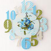 """Для дома и интерьера ручной работы. Ярмарка Мастеров - ручная работа Часы""""Голубая незабудка""""синий,зеленый,серый,букет,для детской. Handmade."""