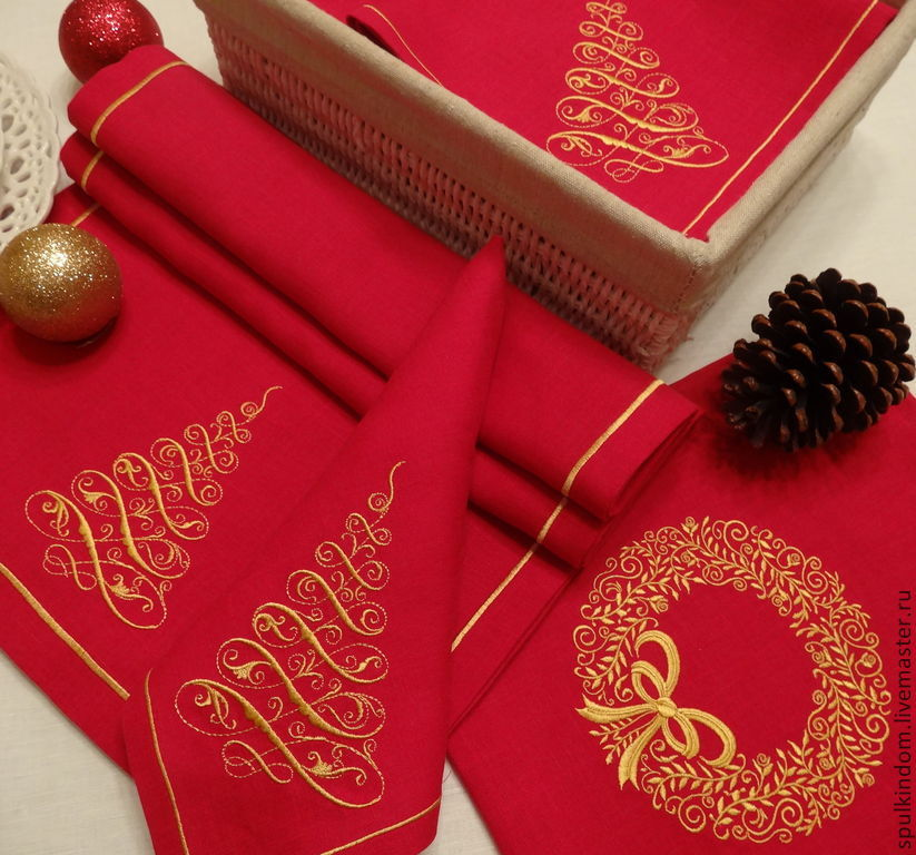 Christmas table set with embroidery `the Golden spruce`: 6 napkins and track. ` Sulkin house` embroidery workshop