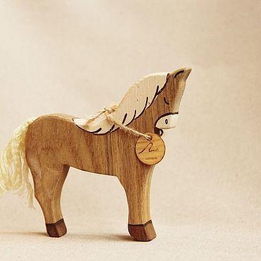 Деревянная игрушка - Лошадь
