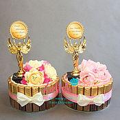 Цветы и флористика ручной работы. Ярмарка Мастеров - ручная работа Подарок женщине воспитателю девушке ребёнкуторт из конфет шоколада. Handmade.