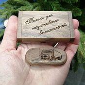Сувениры и подарки handmade. Livemaster - original item USB flash drive made of wood with engraving, memory card, souvenir. Handmade.