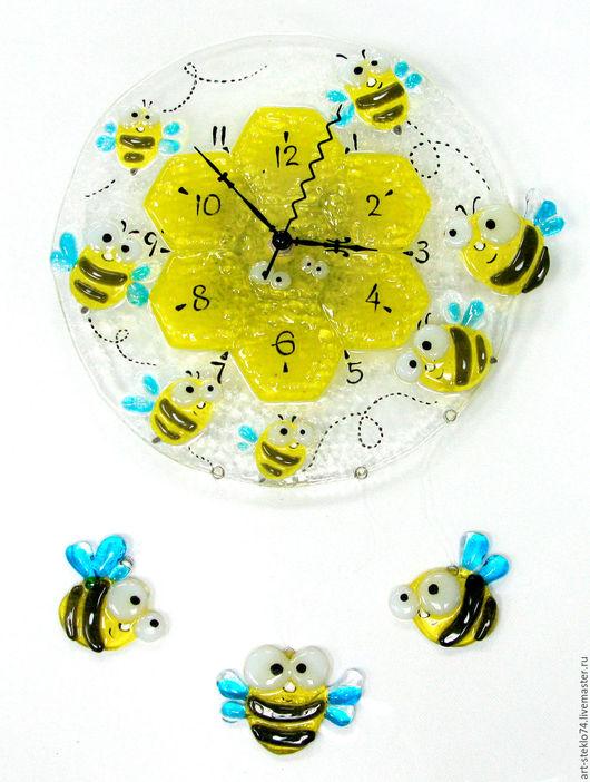 Часы для дома ручной работы. Ярмарка Мастеров - ручная работа. Купить Фьюзинг  часы «Весёлые пчёлки». Handmade. Фьюзинг