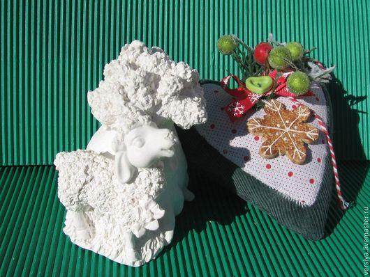 Статуэтки ручной работы. Ярмарка Мастеров - ручная работа. Купить Овечка возле дерева.. Handmade. Белый, амулет, статуэтка
