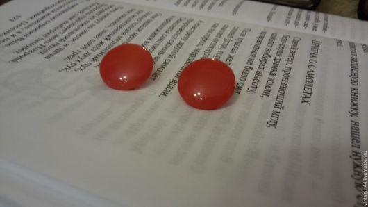 Винтажная одежда и аксессуары. Ярмарка Мастеров - ручная работа. Купить Стеклянные винтажные пуговицы красные. Handmade. Ярко-красный