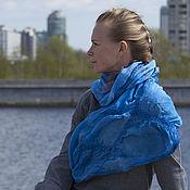"""Аксессуары ручной работы. Ярмарка Мастеров - ручная работа шарф шелковый платок шелковый валяный """"Sapphire dzhunglii. Handmade."""