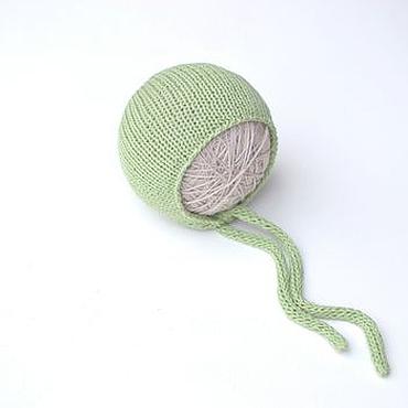 Работы для детей, ручной работы. Ярмарка Мастеров - ручная работа Шапочка для новорожденных из хлопка зеленая. Handmade.