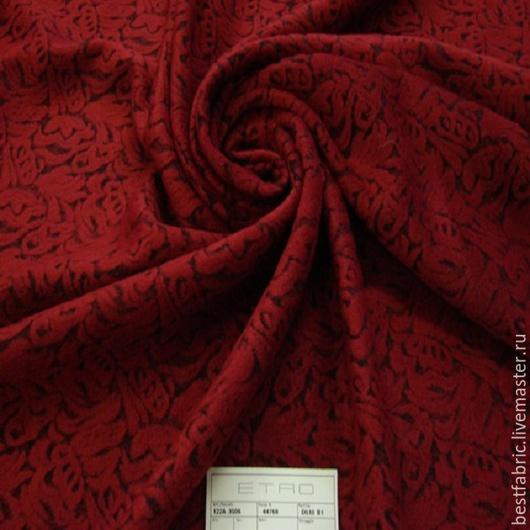 пальтовый жаккард сток ЭТРО, Италия вискоза 80% + шерсть 20% шир. 153 с  цена 3650 р цвет красно-рубиновый на черном пов-ть ворс велюр, матовая средней толщины, мягкая, очень приятная , легкая