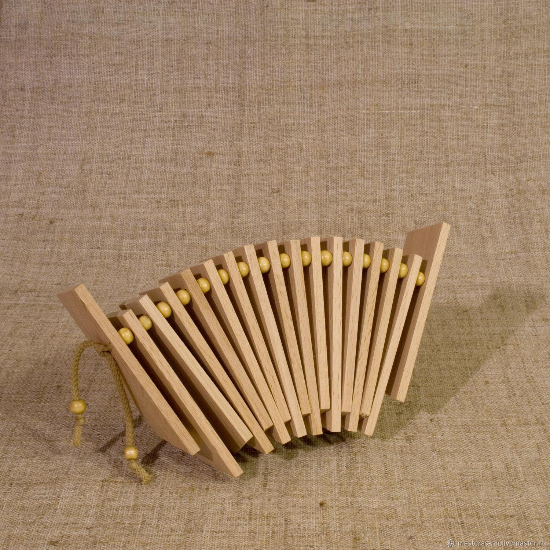 Музыкальные инструменты трещетка
