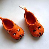 """Обувь ручной работы. Ярмарка Мастеров - ручная работа тапочки детские """"Лисички"""". Handmade."""