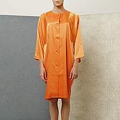 Одежда ручной работы. Ярмарка Мастеров - ручная работа Платье пальто оранжевое летнее из атласа с широкими рукавами. Handmade.