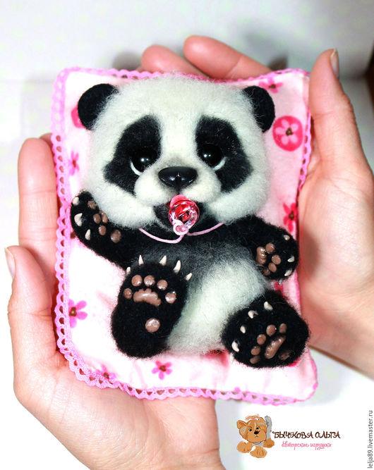 """Игрушки животные, ручной работы. Ярмарка Мастеров - ручная работа. Купить Панда """"Молли"""". Handmade. Чёрно-белый, сувениры и подарки"""