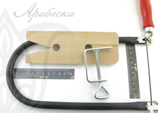 Набор для выпиливания по металлу (лобзик глубиной 250мм, деревянная колодка и ножи) RAYHER (Германия)